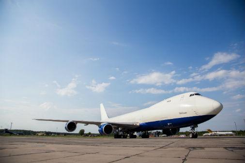 Aviokompānijas «Atlas Air» gaisa kuģis Boeing 747-8 Freighter starptautiskajā lidostā «Rīga»