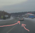 Autobuss ietriecas kravinieka aizmugurē (+ video) (3)