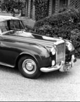 Restauratoru rokās Latvijā atdzimst 50. gadu Bentley