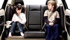 Rīt rīkos reidus, lai uzmanītu bērnu sēdeklīšu un drošības jostu lietojumu
