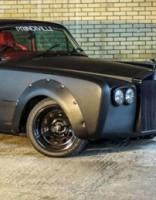 Atrasts eBay: Rolls-Royce nelegālām nakts sacīkstēm