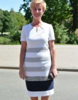 Prezidenta kundzes brīvdienu stils: maigi pasteļtoņi, ziedi un sievišķība