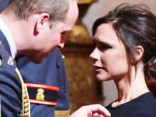Viktorija Bekhema saņem Britu impērijas ordeni
