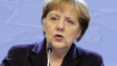 Merkele noraida iespēju atlaist Grieķijas parādus