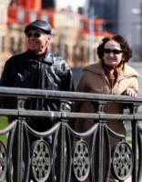 Iedzīvotāji nedaudz optimistiskāk vērtē situācijas attīstību Latvijā