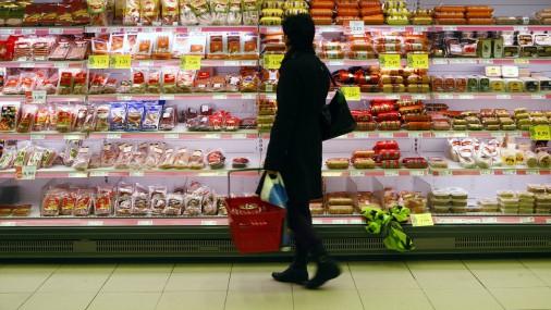 Pēc pamatvajadzību izdevumu segšanas ģimenei Rīgā paliek 56% ienākumu jeb 751 eiro