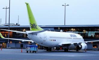 «Air Lituanica» no 23.maija pārtrauc lidojumus; tos pārņems airBaltic