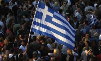 Amatpersona: Grieķijas valdība negatavojas emitēt jaunu valūtu