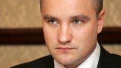 Straujuma un Reizniece-Ozola neizpratnē par Pastaru, kurš juridiski pārstāv «Latvijas Gāzi»