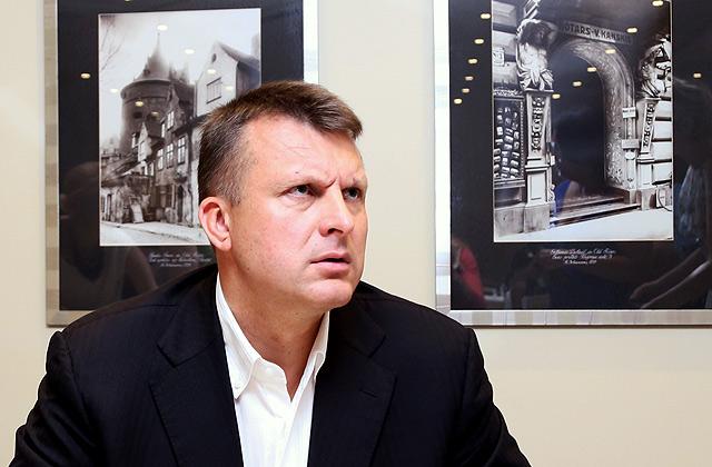 «Euro Rail Trans» valdes loceklis un līdzīpašnieks Ainārs Šlesers