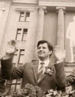 «Zem kupola» - ieskats Latvijas Komunistiskās partijas līkločos
