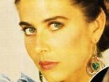 90. gadu seksa simbols Donna Beiža aizvien vēl iekārojama