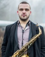 Saksofonista Toma Rudzinska kvartets debitē ar albumu «Abra»