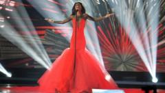 Ārzemju mediji uzslavējuši Aminatas skatuves tērpu un balsi