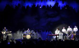 «The Sound Poets» skanīgā un aizkustinošā atmosfērā aizvada pirmo koncertu