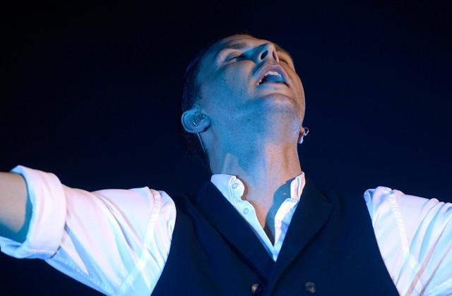 «Hurts» šoruden atgriezīsies Rīgā ar jaunu koncertprogrammu