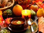 Helovīna karaļa - ķirbja cienīgi ēdieni