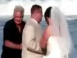 Neaizmirstami kāzu misēkļi un kuriozi - video apkopojums