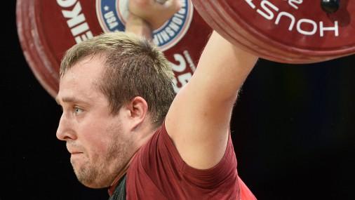 Svarcēlājs Plēsnieks ar jaunu Latvijas rekordu izcīna bronzu pasaules čempionātā