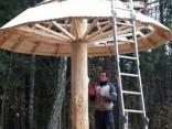 Siguldas Ķeizarskatā uzstāda jaunu sēnīti