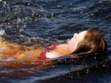 Ūdens upēs vietām iesilis virs +25 grādiem