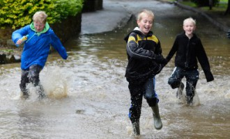 Pirmdienas lietusgāzes - līdz šim stiprākās šovasar