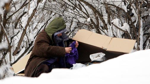 Īpaši grūti lielajā salā klājas bezpajumtniekiem