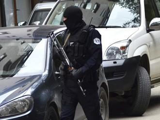 Kosovā aizdomās per terorismu arestēti 12 imami
