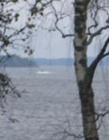 Nenosakāms peldlīdzeklis pie Stokholmas manīts vairākkārt
