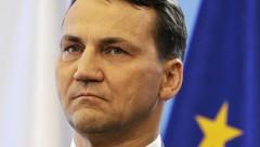 Sikorskis: Krievija piedāvājusi Polijai sadalīt Ukrainu