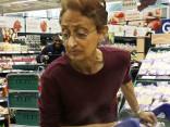 Lielveikalā paziņo par ārkārtas stāvokli, bet pircēji...
