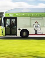 Bristoles ielās izbrauc autobuss, kas darbināms ar izkārnījumiem