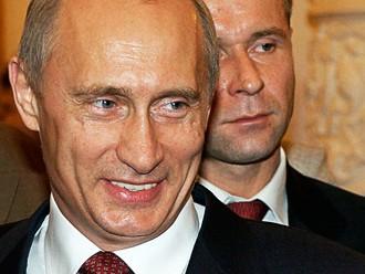 Putins izstāsta, ka viņam ir romantiskas attiecības