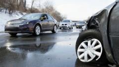 Autoavārijā Lietuvā iet bojā Latvijas pilsone, četri bērni ievainoti