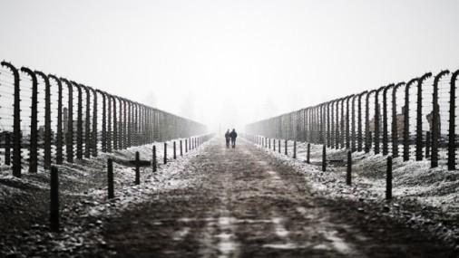 Pasaule piemin 70. gadskārtu kopš Aušvicas ieslodzīto atbrīvošanas