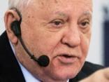 Gorbačovs: «Aukstais karš» var pāraugt «karstajā»