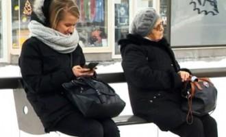 Jaunās Rīgas pieturvietas - šauri soliņi un nekam nederīgas nojumes?