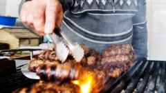 Kirgizstānas valdībai draud ar atlaišanu ēzeļa gaļas skandāla dēļ