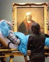 Izpilda mirstošas sievietes pēdējo vēlēšanos - redzēt mīļāko gleznu