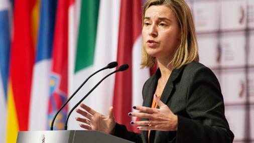 Pamieru Ukrainā neievēro pilnībā; sankcijas neatcels