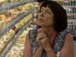 Krievijas iedzīvotāji sākuši taupīt uz pārtikas rēķina
