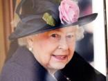 Lielbritānijas karalienes kalpi pirmo reizi vēsturē draud streikot
