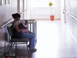 Bērnu slimnīcā vecākiem jāpilda anketa krievu valodā