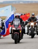 Krievu motociklisti sola turpināt «uzvaras» braucienu