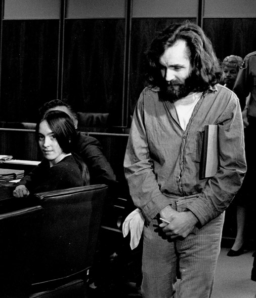 Cārlzs Mensons tiesas sēdē 1970. gadā