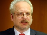 Prezidenta vēlēšanu dienā pie Saeimas piketēs Levita atbalstam