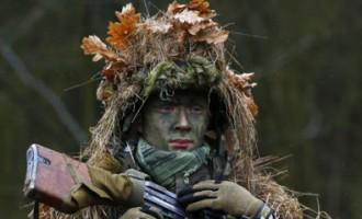 Fotostāsts: poļi pēc Ukrainas notikumiem masveidā privāti trenējas karam