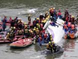 Taivānā aviokatastrofā pilots pats izslēdzis vienīgo darbojošos dzinēju