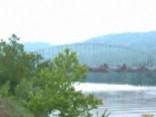 Iespaidīgs skats: Pensilvānijā uzspridzina vecu tiltu