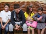 Ukrainas karadarbībā cietušie bērni atgriežas mājās
